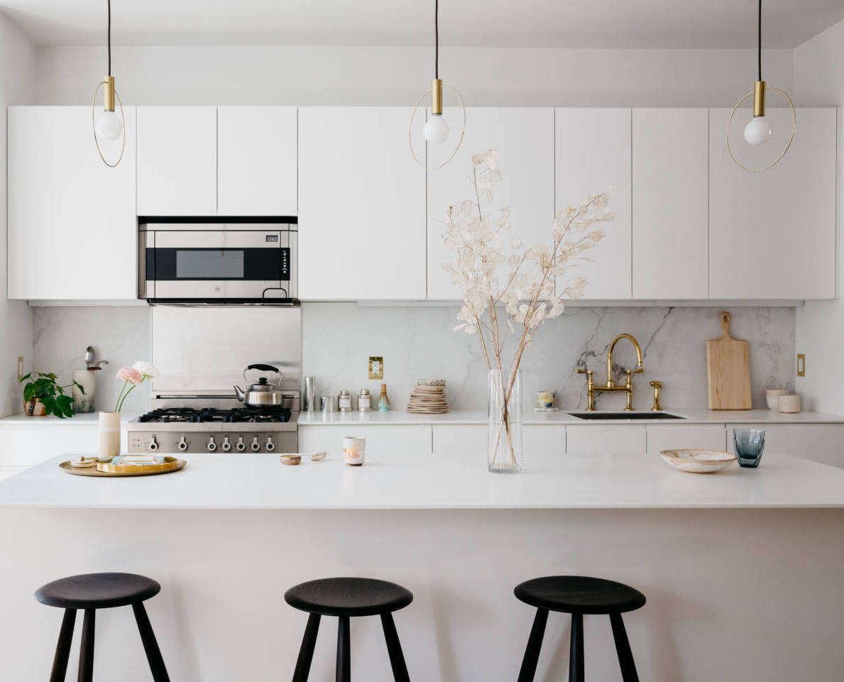Solid Marble Kitchen Backsplashes