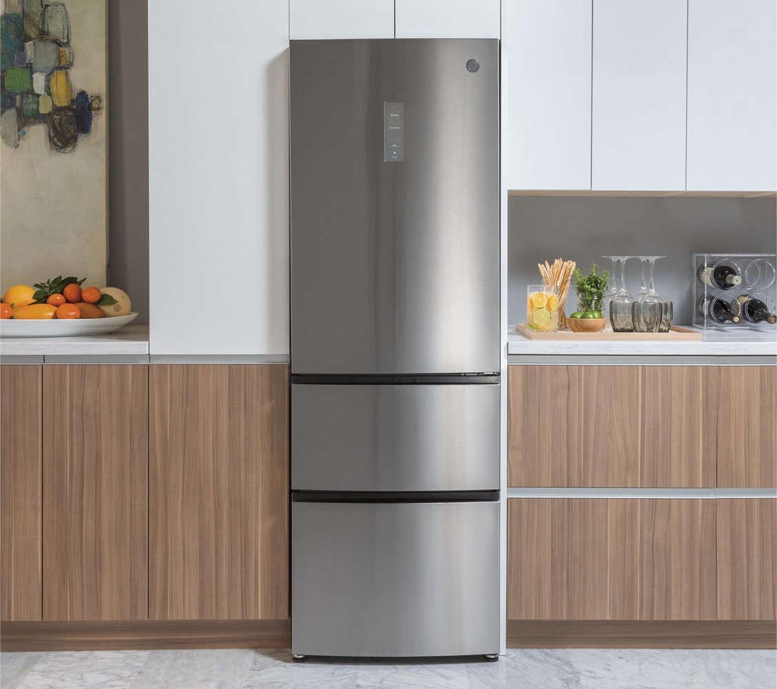 24 Inch Counter Depth Refrigerators