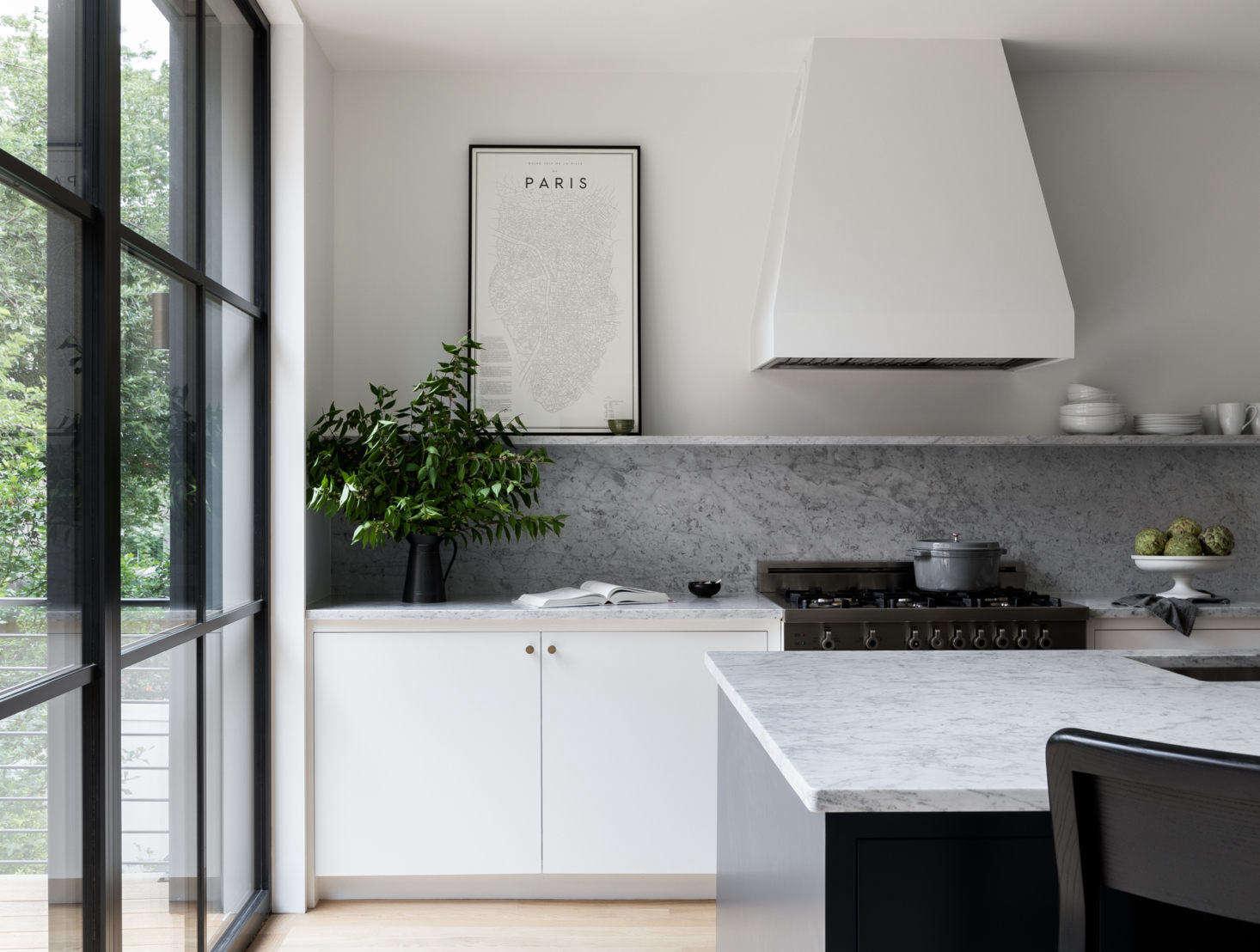16 Favorite Solid Marble Kitchen Backsplashes For Maximum Drama Remodelista