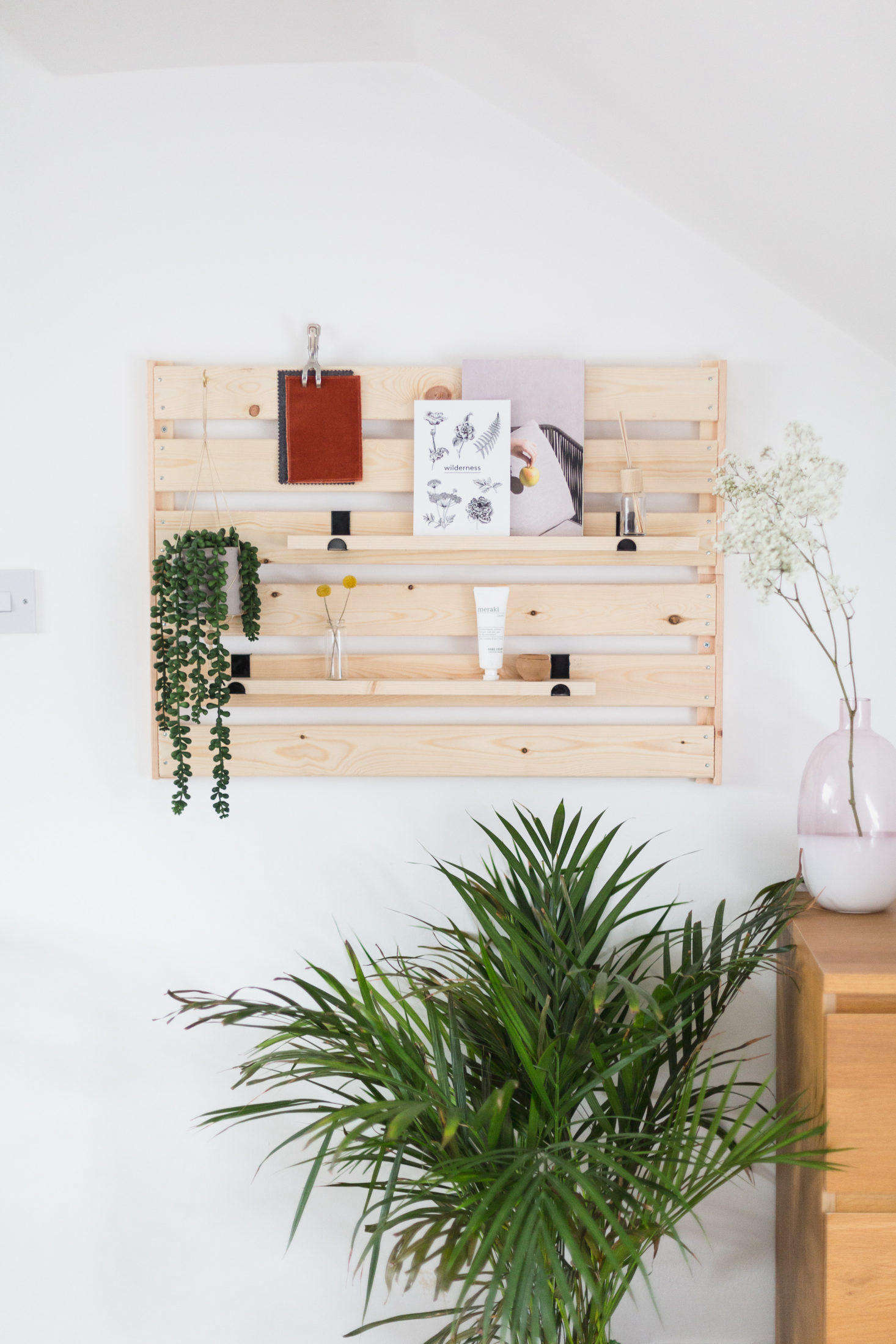 Up first: A low budget, high-style project that feeds our obsession with slatted wall organizers. See how to do it inDIY Ikea Hack: A Genius, No-Skills-Required Storage Project. Photograph by Francesca Stone, courtesy of Hunker.