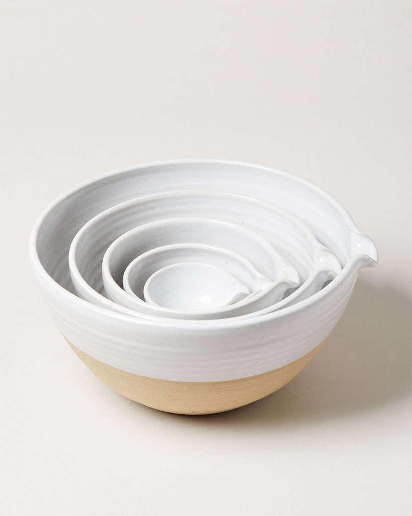 The handy spout makes Farmhouse Pottery&#8