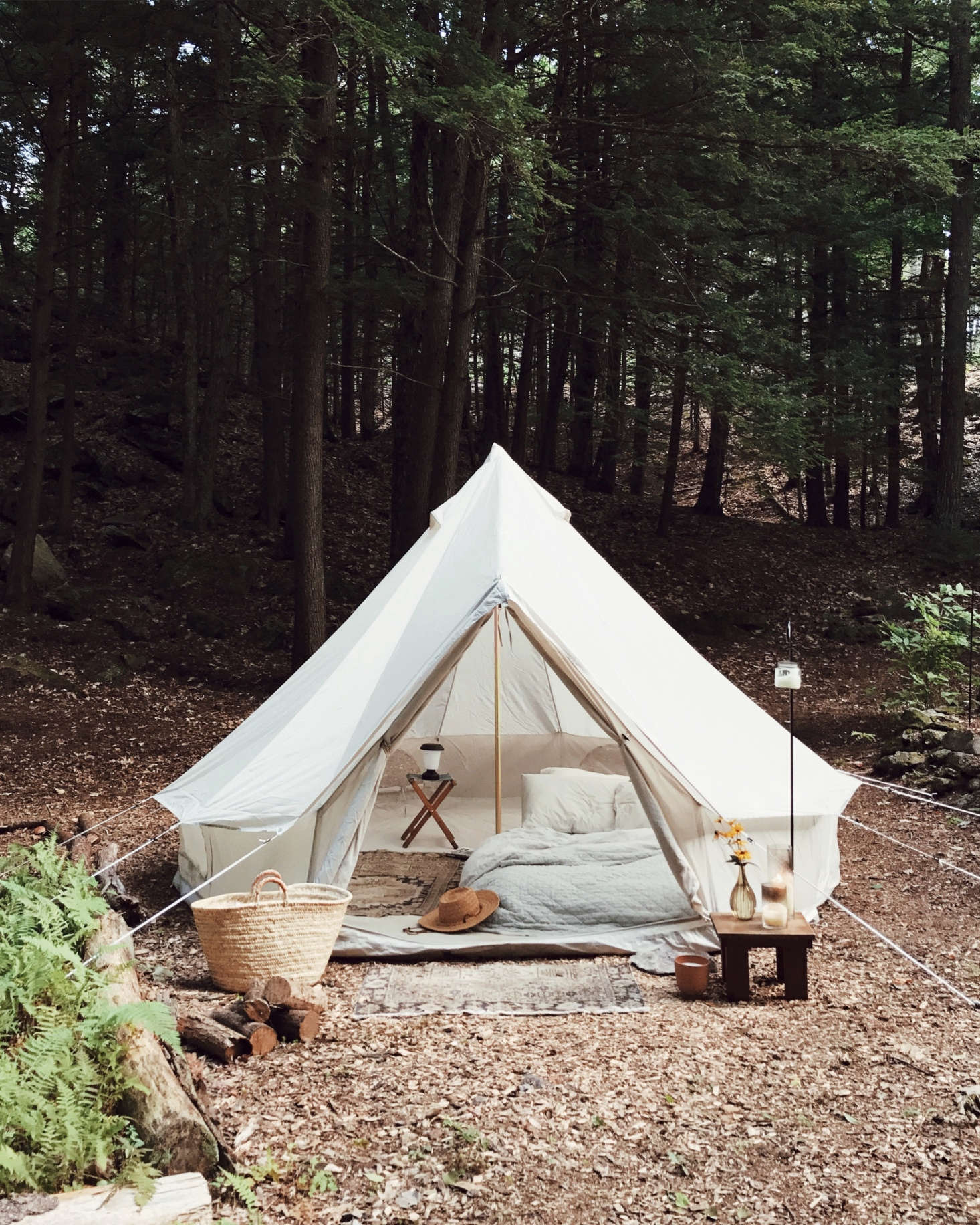 Nearby is a lushly outfittedbell tent, which the couple uses as extra lodgings when friends come to stay. (It's theMeriwether Tentby Shelter Co.)