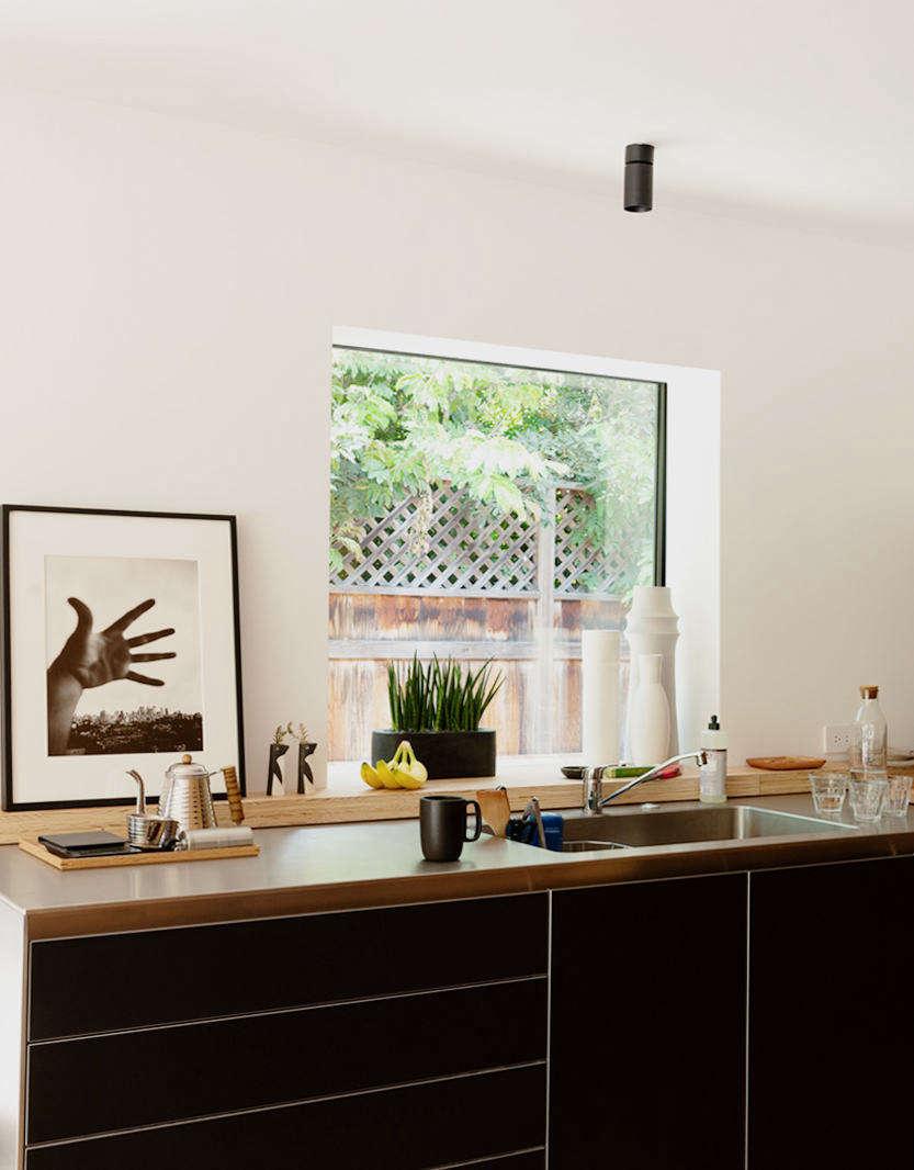 Kitchen of the Week: Architect Takashi Yanai's Galley Kitchen—and Study—in LA