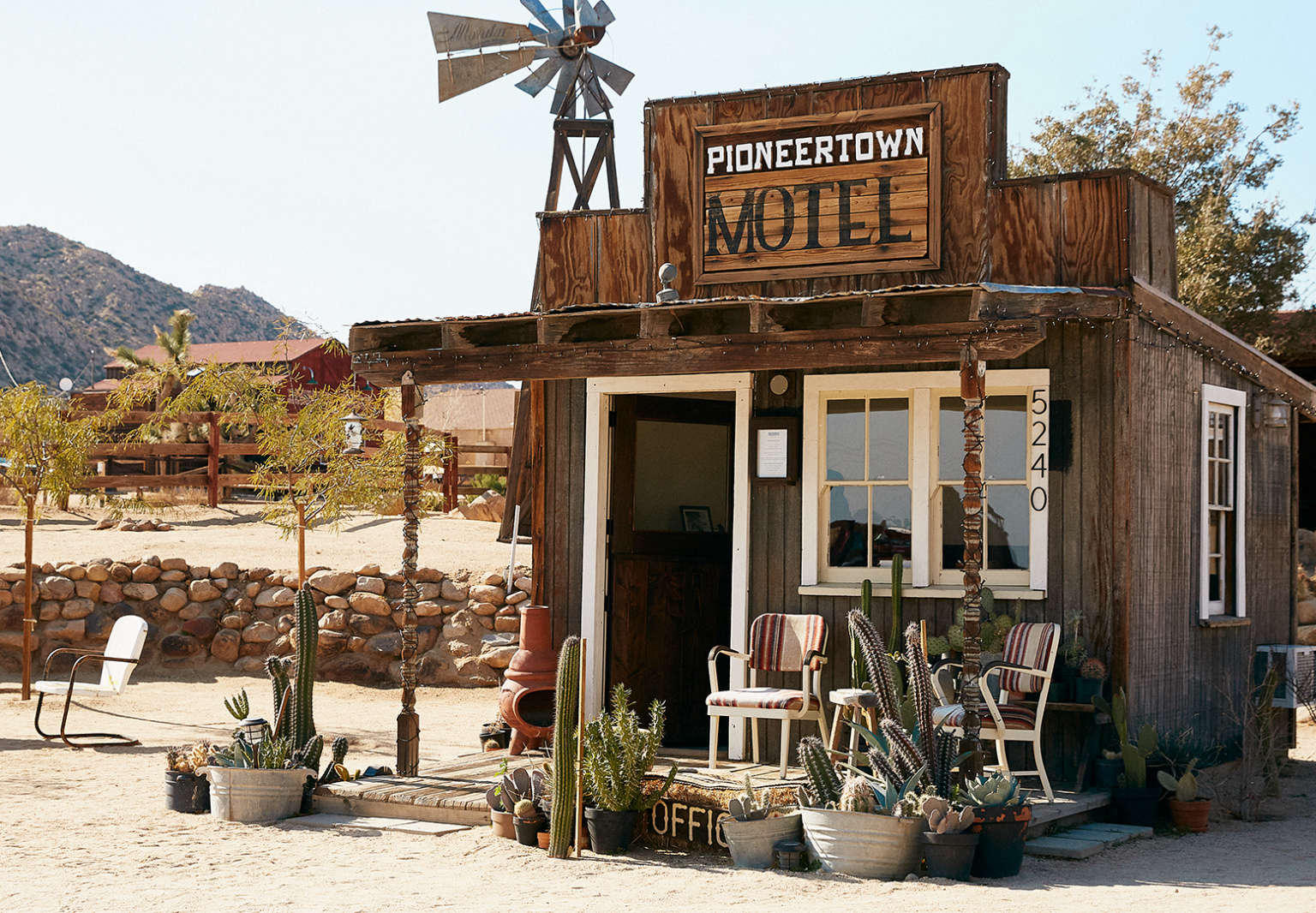 Pioneertown Motel: The Old West Made New Again