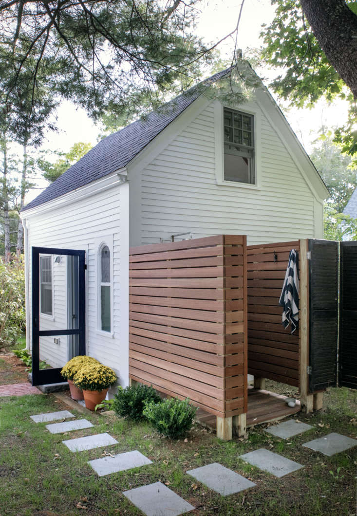 A Wellfleet Guest Cottage Revived