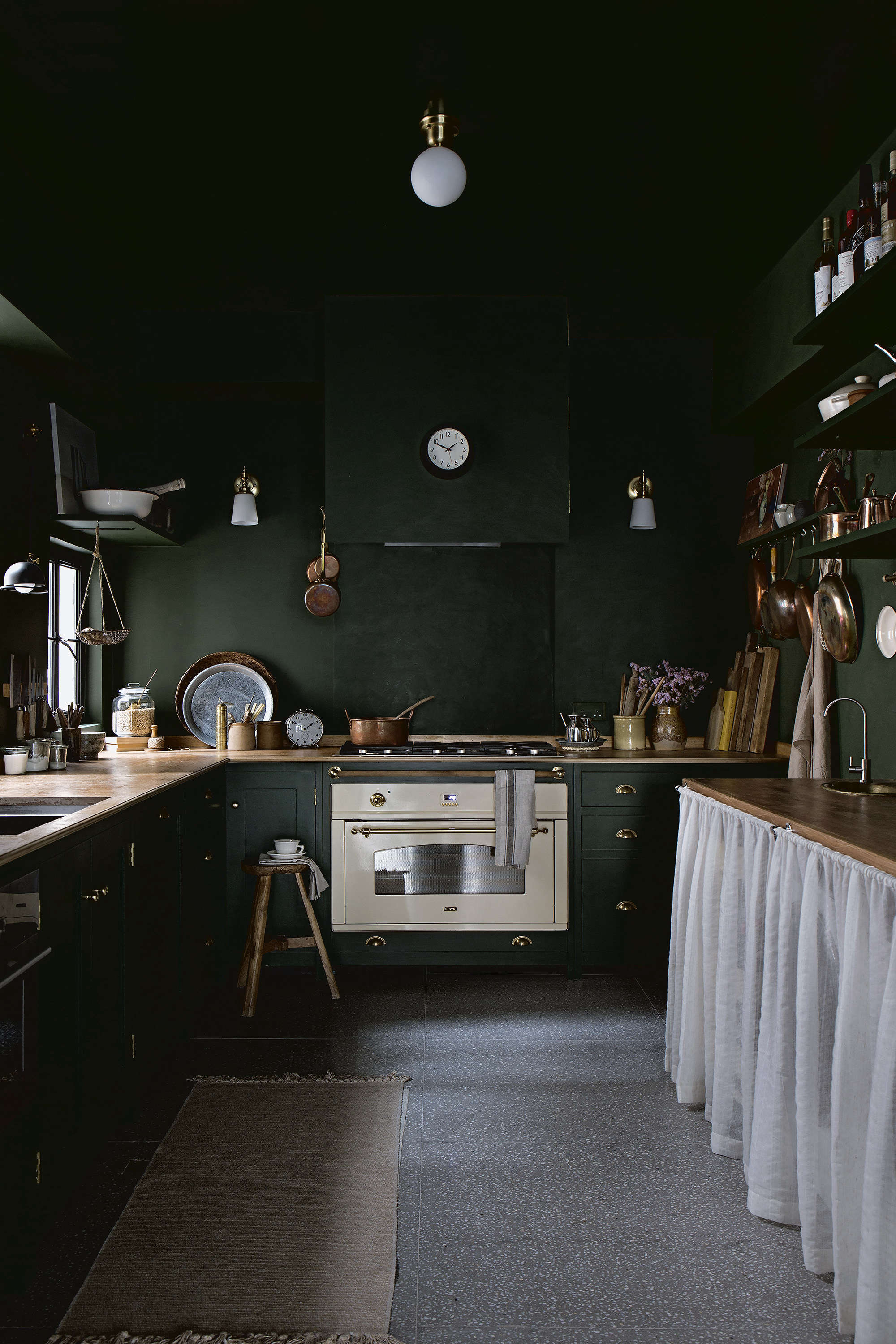 Kitchen of the Week: The 'Angry Food Blogger' at Home in Hong Kong - Remodelista
