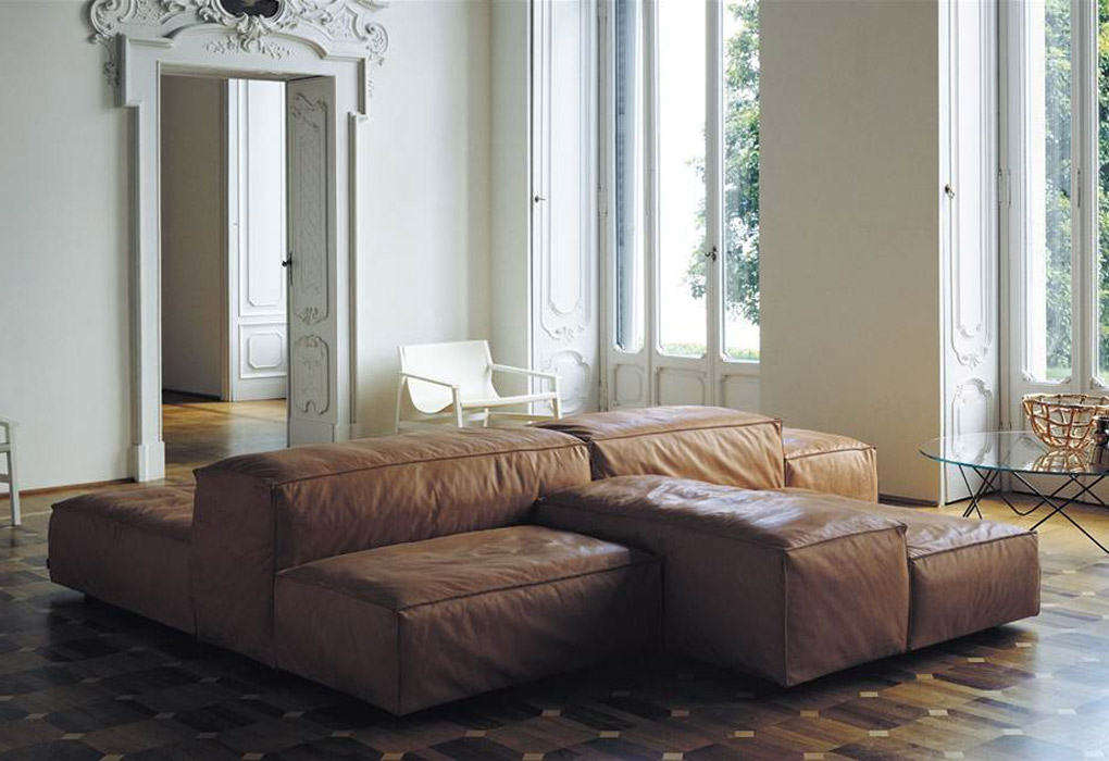 Designed by Italian architect Piero Lissoni, the Extra Soft Sofa for Living Divani is a modular design in fabric or leather. It&#8