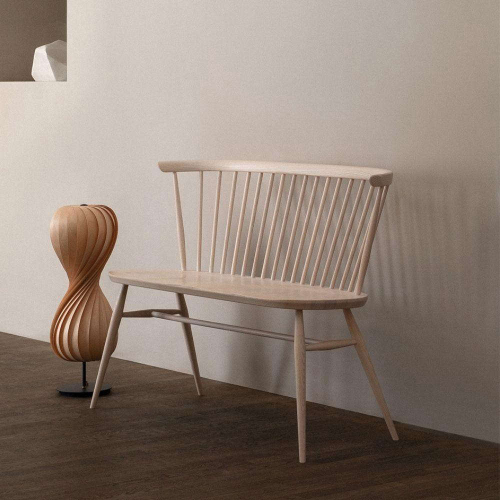 High/Low: The Two-Seater Windsor-Style Bench - Remodelista
