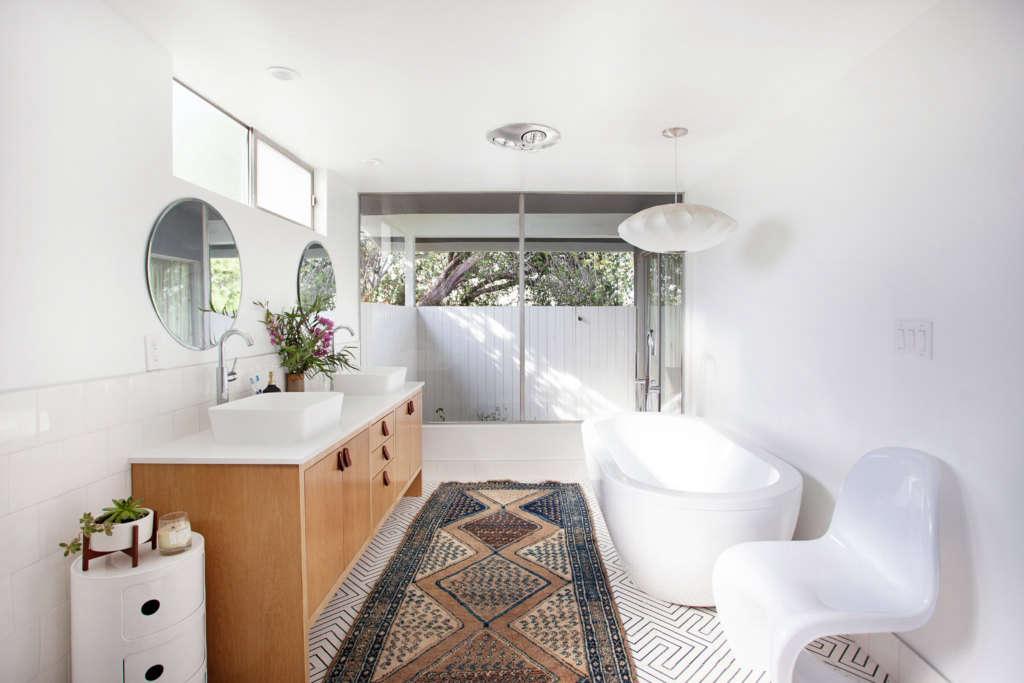 Midcentury Organic Modern Bathroom in Ladera Heights ...