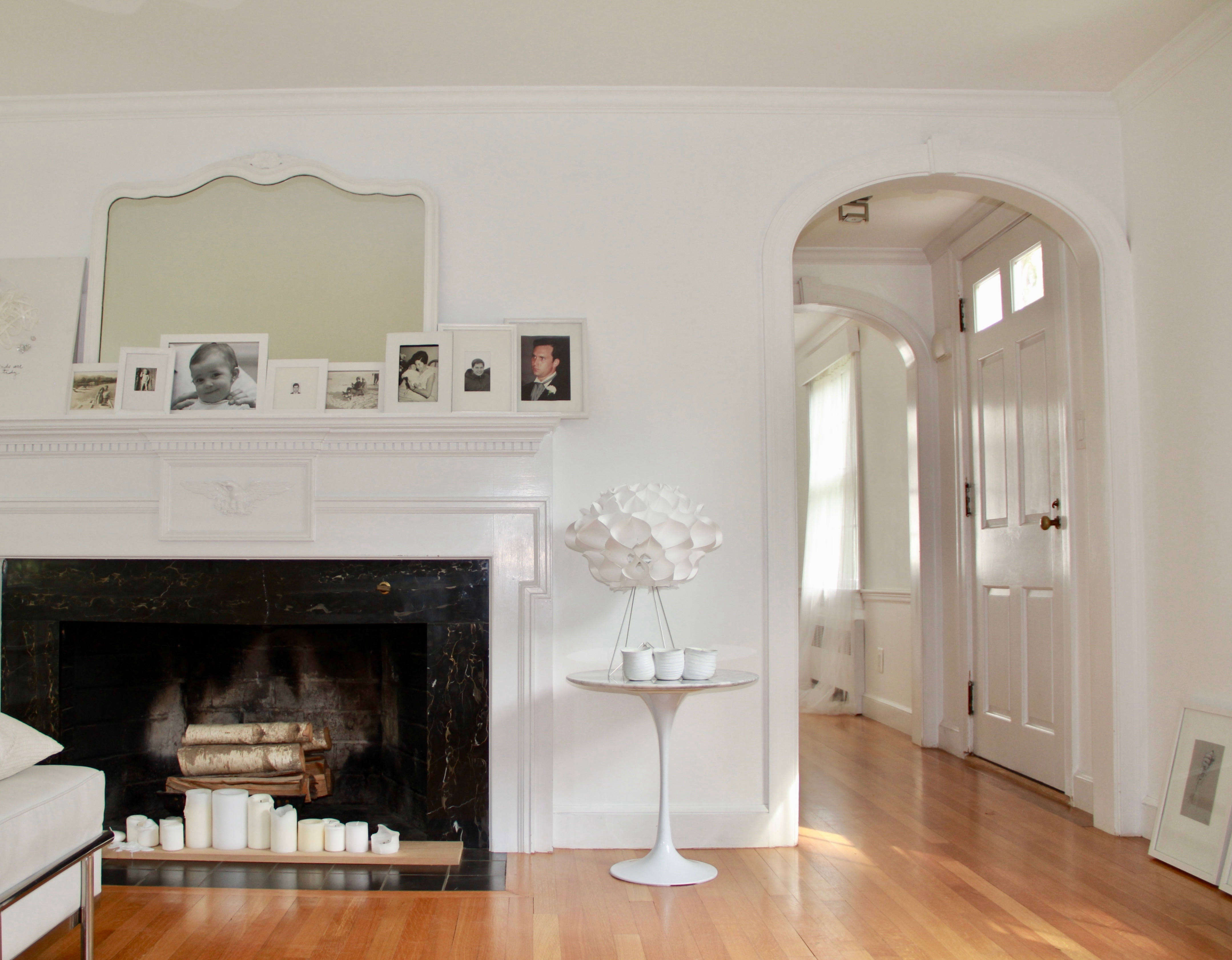 warm white living-room in the suburbs of Boston - Remodelista