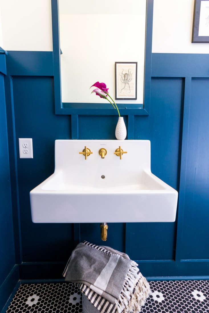 Best Amateur Bath Craftsman Bungalow Guest Bathroom Remodel