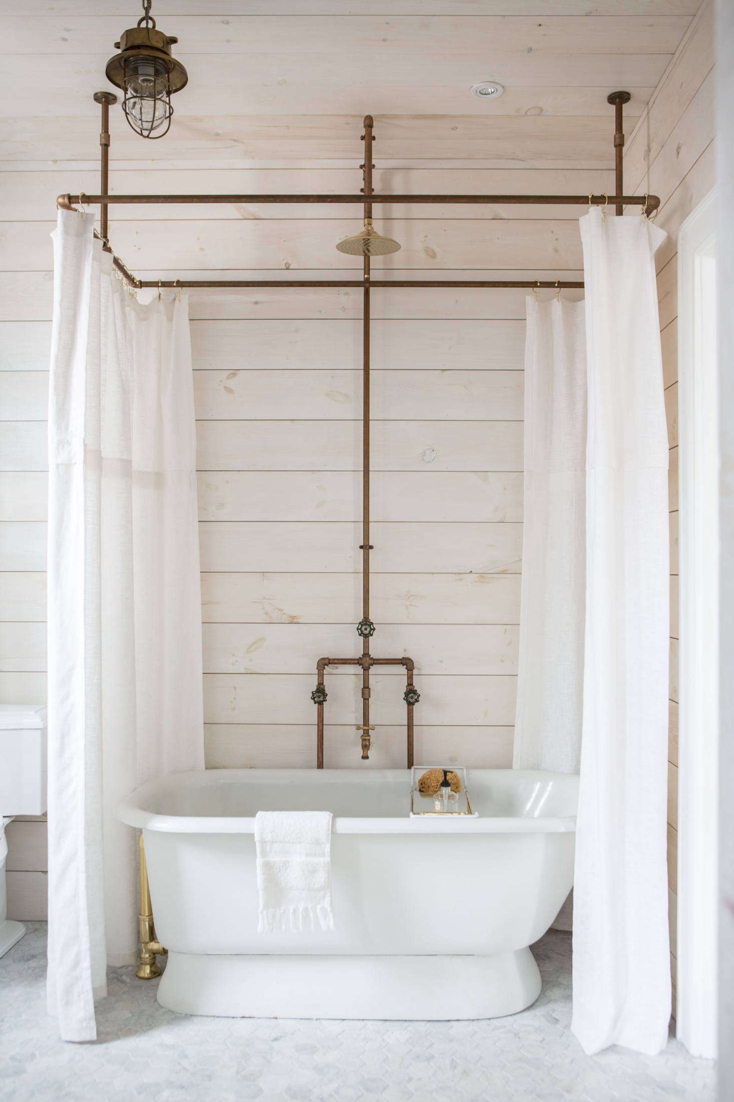 Diy Clawfoot Tub Shower Curtain Rod.A Diy Shower Curtain Hoop Made From Brass Pipes By Zio Sons